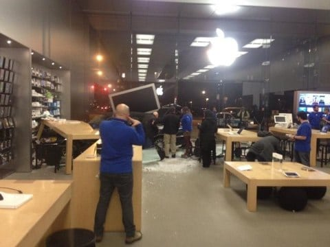 Apple Store Chicago incidente